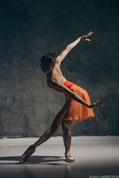 Stunning Alena Kovaleva, Vaganova Ballet Academy 2016 graduate and member of the Bolshoi's corps de ballet, photographed by Katerina Kravtsova.