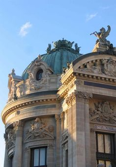L'Opéra Garnier #opitrip #opitriptravel #travel #traveler #traveling #travellover #voyage #voyageur #holidays #tourisme #tourism #evasion #paris #france