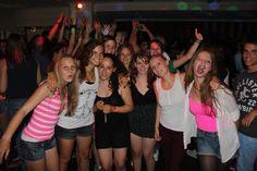 follow me Jugendsprachkurse - Sprachaufenthalt in Paignton. Fun, Friends, Beach und Englisch!