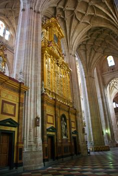 Segovia Cathedral Interior | Inside the Segovia Cathedral.