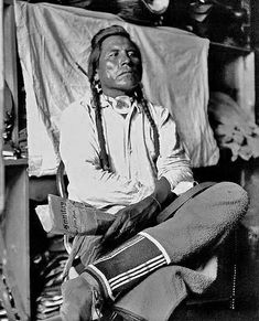 """Curly (Ashishishe) (c1856-1923) - Crow Indian and scout for Major General George A. Custer at the Battle of the Little Big Horn (1876). - Photo by """"Unknown"""" - No date - (B/W copy)"""