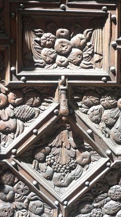 ♅ Detailed Doors to Drool Over ♅  art photographs of door knockers, hardware & portals - carved