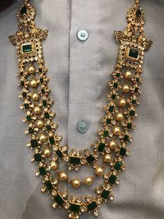 Pinterest • @KrutiChevli #GoldJewelleryPakistani #GoldJewelleryRajasthani