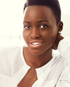 The beautiful Lupita Nyong- I don't know what it is with people who have chocolate-brown skin and flawless skin; they always have the prettiest skin!
