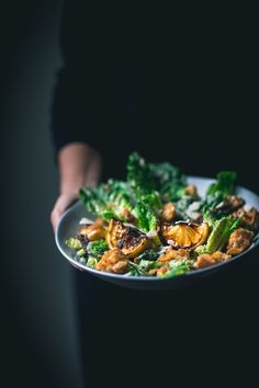 The Best Caesar Salad by Eva Kosmas Flores This delicious Caesar salad involves a touch of smokiness from charred lemon and a bit of smoked paprika, along with all the other Caesar goodness! Salads Up, Easy Family Meals, Caesar Salad, Nutrition, Salad Recipes, The Best, Breakfast Recipes, Vegetarian Recipes, Food And Drink