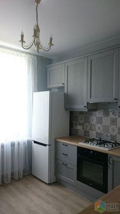 Grey Kitchen Interior, Kitchen Room Design, Kitchen Cabinet Design, White Interior Design, Kitchen Sets, Living Room Kitchen, Interior Design Living Room, Kitchen Decor, Small House Exteriors