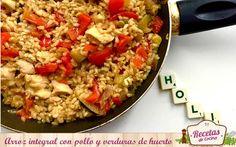 Arroz integral con pollo y verduras de huerto