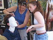 Cómo hacer mascaras en venda de yeso