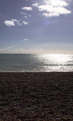 Rule of three, Brighton beach