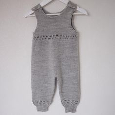 Baby Pants, Barn, Rompers, Knitting, Inspiration, Dresses, Fashion, Biblical Inspiration, Vestidos
