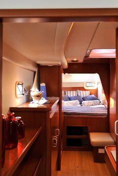 Creative Catamaran Interior Design Ideas To Cause You Delight - Bored Art Sailboat Decor, Sailboat Interior, Sailboat Living, Living On A Boat, Yacht Design, Boat Design, Catamaran, Boot Dekor, Trawler Boats