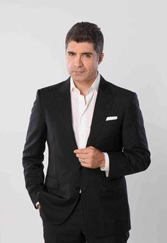 ozcanim Hatice Sendil, Actor Model, Turkish Actors, Beautiful Pictures, Suit Jacket, Handsome, Singer, Film, Celebrities