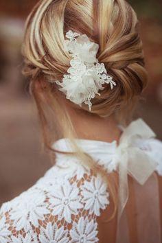 Peigne cheveux mariage dentelle fleurs, fait main | Orchidée de Soie