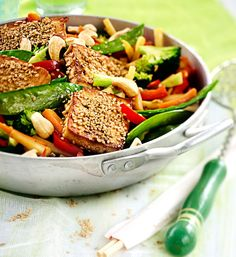 I Love Food, Wine Recipes, Tofu, Cobb Salad, Green Beans, Chili, Vegetarian Recipes, Meals, Vegetables