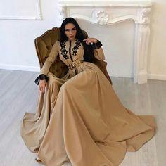 Maghrebi Beauty   Moroccan   Nuriyah O. Martinez   Caftan