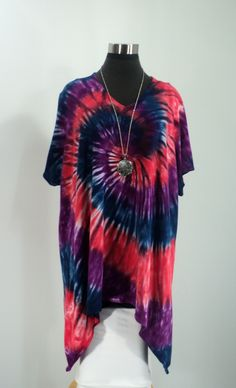 Plus size 3X tie dye tunic top with V-neck, short sleeves, and shark bite hemline in bamboo blend fabric. by qualicumclothworks on Etsy