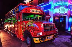 Kukoo Kunuku the crazy Happy Hour Bus!   www.AllAroundAruba.com