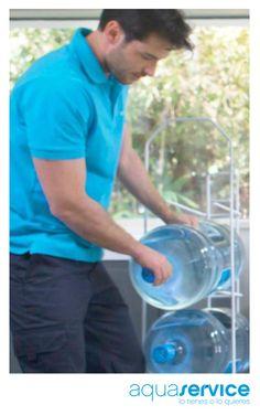 Agua en casa: dinos dónde y te la llevamos. Clica y descubre nuestro servicio: http://blog.aquaservice.com/agua-en-casa/