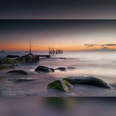 : Pantai Ampenan, Lombok-NTB  #explorelombok #lombokisland #lombokituindah #sunset #sunset_lovers #landscape #landscape_lovers #beach #jelajahnusantara #kembaranusantara #indonesiaku #instalike #like4like #instashot #nocrop