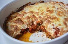 Easy and delicious eggplant parmesan recipe Cookbook Recipes, Baking Recipes, Healthy Recipes, Cyprus Food, Greek Cooking, Eggplant Parmesan, Food Decoration, Appetisers, Greek Recipes