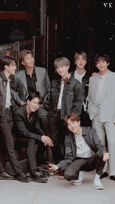 The smile in their face are amazing Foto Bts, K Pop, Bts Jungkook, Bts Group Picture, Bts Group Photos, Bts Twt, Les Bts, V Bts Wallpaper, Army Wallpaper