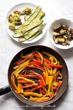 Saltare le verdure o Grigliarle - Ricetta Plumcake salato alle verdure Ratatouille, Pizza, Ethnic Recipes, Oven, Party, Salads