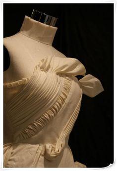 멋진 드레이핑~ 디올.준께서 찍어주신 사진입니다. 멋지네요~ ^^(조교) 출처 : 패턴학원.kr /www.smapattern.co.kr (2009년 3월 6일)