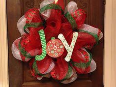 JOY Christmas wreath deco mesh red and green DIY