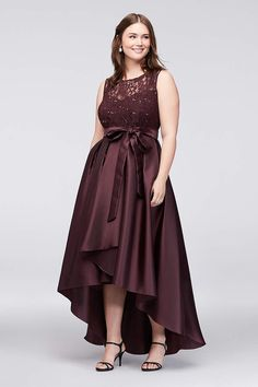 f5b463d15494 Find the perfect women s plus size dresses at David s Bridal for any  occasion