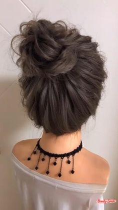 Hair Tutorials For Medium Hair, Cute Hairstyles For Medium Hair, Messy Hairstyles, Hairstyle Tutorials, Hair Up Styles, Medium Hair Styles, Hair Style Vedio, Long Hair Video, Aesthetic Hair