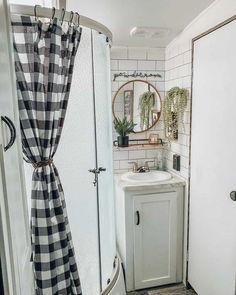 Modern Bathroom Tile, Bathroom Interior Design, Small Bathroom, Bathroom Ideas, Bathroom Organization, Vanity Bathroom, Bathroom Black, Industrial Bathroom, Bathroom Wallpaper