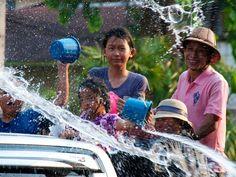 Songkran Nong Khai by lukehoyland