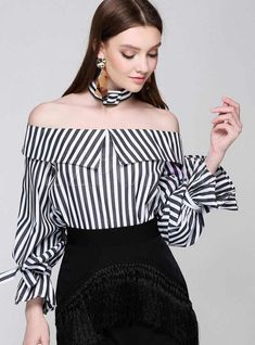 Sexy Slash Neck Open Shoulder Striped Tops With Chocker Flare Sleeve 2017 women OL Blouse Shirt camisa preta Korea Outfits Con Camisa, Moda Zara, Moda Outfits, Blouse Designs, Blouses For Women, Women's Blouses, Ideias Fashion, Fashion Dresses, Stylish