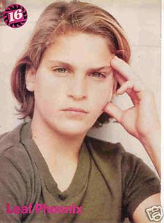 joaquin phonix young | LEAF JOAQUIN PHOENIX pinup – Young! Long blonde hair!