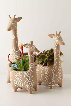 Cute giraffe planters