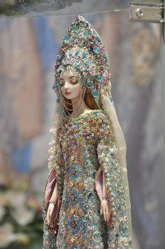 Snow Maiden by Marina Bychkova. Porcelain doll exhibited at VII International Salon of dolls in Tishinka.