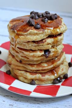 Fluffy Peanut Butter Pancakes with (optional) chocolate chips. Peanut Butter Pancakes, Chocolate Chip Pancakes, Peanut Butter Recipes, Chocolate Chips, What's For Breakfast, Breakfast Pancakes, Breakfast Dishes, Breakfast Recipes, Pancake Recipes