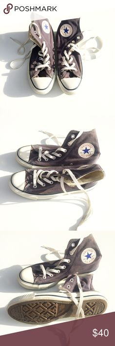 CONVERSE keds CONVERSE keds. Warn once in a production set. There is only one tiny mark on top and you can barely see it. Otherwise brand new. Thank you for shopping my closet. I ship the next day. Converse Shoes