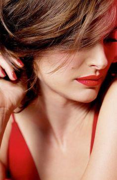 Natalie Portman for Dior's, new Rouge Dior lipstick campaign Natalie Portman Sexy, Nathalie Portman, Jean Reno, Dior Lipstick, Liam Neeson, Provocateur, Ewan Mcgregor, Miss Dior, Actrices Hollywood