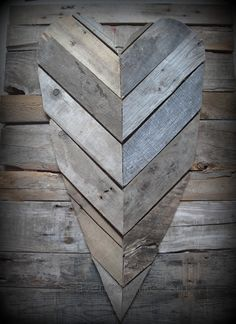Reclaimed pallet heart, rustic heart, reclaimed wood heart, rustic sign, pallet wood project, pallet valentines day heart