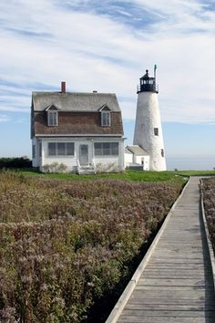 Wood Island #Lighthouse. Biddeford Pool, #Maine.    http://www.roanokemyhomesweethome.com