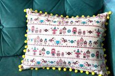 Pom pom pillow tutorial from Prudent Baby