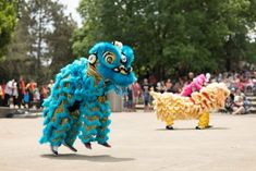 Celebrating Chinese New Year with kids Audio Stories For Kids, New Years With Kids, Lantern Crafts, Activity Village, Dragon Dance, Kids Around The World, Red Lantern, Year Of The Rat, Story Of The World