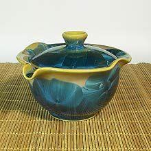 Chinese Gaiwan Teapot - love the blue sapphire.