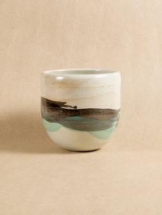 Stoneware My Furniture, Stoneware, Tumbler, Pottery, Tableware, Ethnic Recipes, Food, Ceramica, Dinnerware