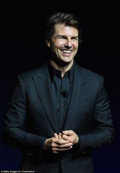 Tom Cruise Hot, Top Cruise, Logan Lerman, Shia Labeouf, Amanda Seyfried, Luke Benward, Cruise Fashion, Star Wars, Cute Eyes