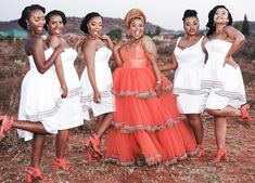 African Bridesmaid Dresses, African Wedding Attire, African Attire, African Fashion Dresses, African Dress, African Weddings, African Traditional Wear, African Traditional Wedding Dress, Traditional Wedding Attire