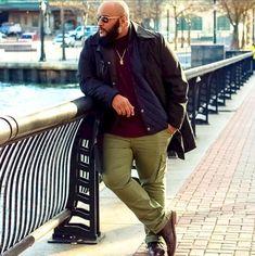 Let's figure out the outfit of our Plus Size Man of the day. Découvrons le look. Mens Plus Size Fashion, Chubby Men Fashion, Tall Men Fashion, Look Fashion, Mens Fashion, Fashion Clothes, Fashion Ideas, Plus Size Men, Moda Plus Size