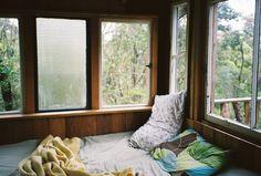 Bush bedroom by ohphilippa, via Flickr
