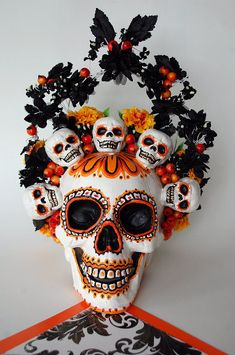Large Day of the Dead / Halloween Skull Decoration via Etsy by june Day Of Dead, Day Of The Dead Mask, Day Of The Dead Party, Day Of The Dead Skull, Halloween Skull, Diy Halloween Decorations, Scary Halloween, Fall Halloween, Halloween Crafts